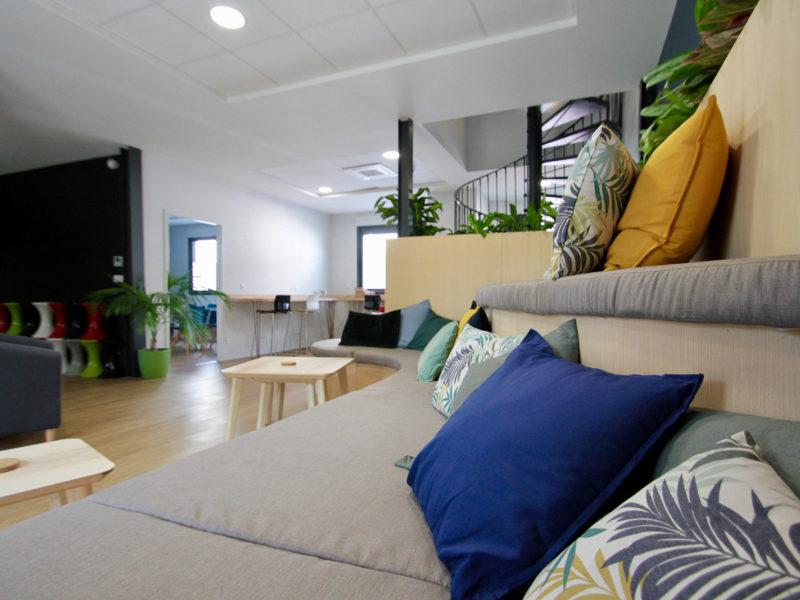 Stadium Seating, Espace de coworking Bordeaux Chartrons | BigFive, Digital Place To Work